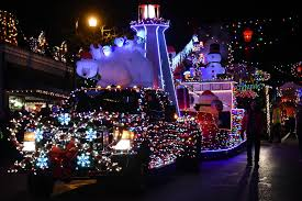 Ladysmith Light Up 2019 10 Ladysmith Light Up Photos Sure To Get You In The Holiday