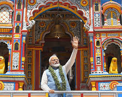 Badrinath temple with Modi ji