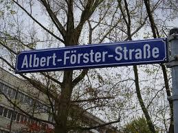 File:Albert-Förster-Straße Street sign.jpg - Wikimedia Commons