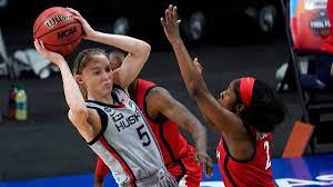 UConn star Paige Bueckers honors Black ...