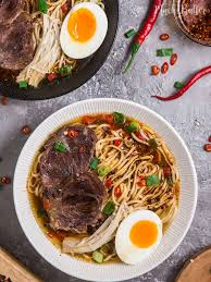y beef chashu ramen noodles with