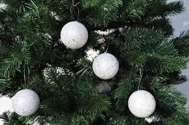 18x Glitzer Weihnachtskugeln 6cm Weiß Flakes Kunststoff Schaum Christbaumkugeln