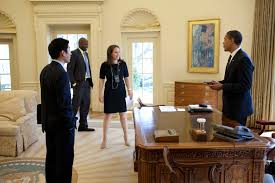 where is the oval office. president barack obama jokes with special assistant eugene kang personal secretary katie johnson and aide reggie love in the oval office where is