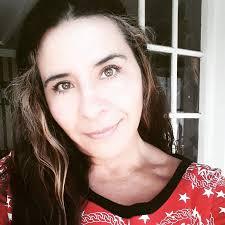 Crítica: Juegos de amor por Alba Balderrama – OXÍMORON