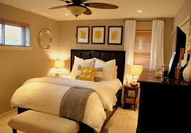 master bedroom decor. Tiny-Master-Bedroom-Decorating-Ideas(32).jpg Master Bedroom Decor