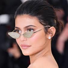 kylie jenner makeup met gala 2018