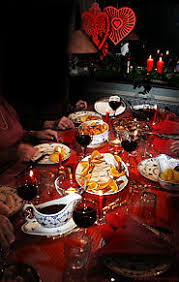If it's just you and your significant other, roommate or bestie this year, you can still have all the foods and flavors of a traditional thanksgiving or christmas feast. Christmas Dinner Wikipedia