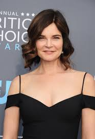 Betsy Brandt Now | Breaking Bad Premiered 10 Years Ago — Here's What the  Cast Is Up to Now | POPSUGAR Entertainment Photo 11