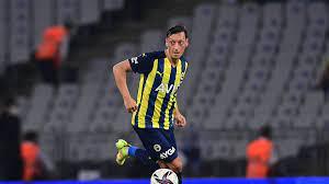 Fenerbahce kämpft mit Mesut Özil um Einzug in Gruppenphase der UEFA Europa  League: SPORT1 zeigt Playoff-Rückspiel bei HJK Helsinki am Donnerstag, 26.  August, live ab 17:55 Uhr