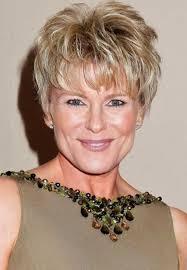 short hair styles for women over 60 10