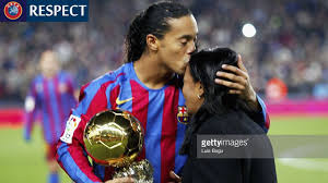 Ronaldinho Gaúcho ○ Football #RESPECT ○ Emotional Moments 2001-2016 -  YouTube