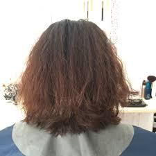 クセ毛白髪を生かしたショートヘア実例クセ毛対応カット