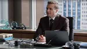 Suits harvey specter office Table The Pen Holder On The Office Of Harvey Specter gabriel Macht In Suits Geekend Gladiators The Pen Holder On The Office Of Harvey Specter gabriel Macht In