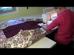 Learn how to move a large quilt on your home sewing machine ... & Learn how to move a large quilt on your home sewing machine, working from  the Adamdwight.com