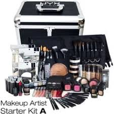 photo gallery of the how to put together makeup kits for women