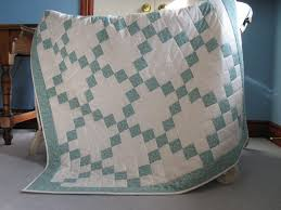 Irish Quilting Designs and Patterns & In celebration of this week's St. Patrick's Day celebration, let's take a  look at some lovely Irish quilting designs and patterns available right  here on ... Adamdwight.com