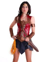 leather wonder woman cosplay