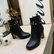 Studded Boots Designer Studded Booties Designer Luxury World Tour Luxury Ladies Martin Boots Autumn And Winter New Boots 35 40 Wholesale Black Knee High Boots Chukka Boots