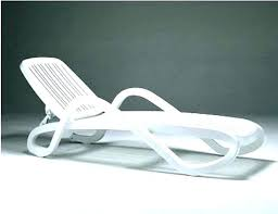white plastic chaise lounge chair plastic chaise lounge plastic chaise lounge white plastic outdoor chaise