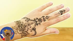 Henna Tetování Jak Udělat Megandi Malování Doma Pod šablonou A
