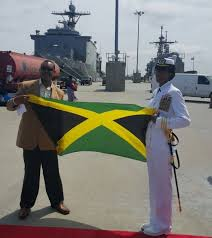 Cmd. Janice Smith, becomes First Jamaican American to Command U.S. Navy  Destroyer - Jamaicans.com