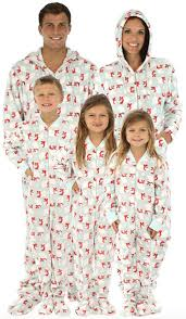 Create a memorable Christmas with these fun Family Pajamas. What great Eve Cozy Pajamas - Oh My Creative