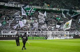 Please add the homepage on which the squad is supposed to be embedded. Gladbach Vs Fcb Im Tv Verpasst Borussia Monchengladbach Geht Gegen Fc Bayern Munchen Mit Remis Aus Dem Spiel News De