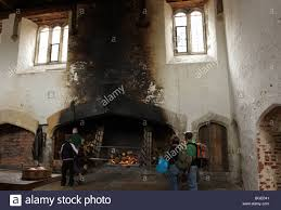 the royal kitchen at hampton court palace this huge fireplace used to spitroast food27 fireplace