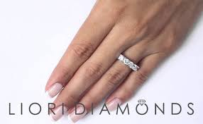 Responnya mengejutnya, aughhh… setengah berteriak dan kedua tangannya meremas buah dadanya. Wba 44 1 75 Carat E Vs1 5 Stone Diamond Wedding Band Anniversary Ring Set In Platinum Dubai Burj Khalifas