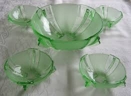 art deco vintage set of five green glass bowls one large four small with fins