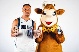 Borden Dairy Partners With Dallas Mavericks Brings Milk To