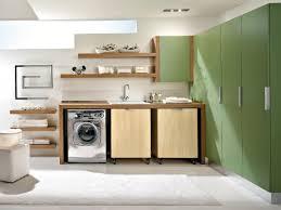 Nos solutions pour integrer un lave linge dans le meuble se salle de bains sont de lena meuble pour machine a laver 180x64x30 cm espace de rangement buanderie lave linge salle de bain avec placard etageres blanc achat. Amenager Une Buanderie 10 Idees A Refaire Chez Soi