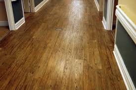 Wood Flooring or Laminate Which Is Best For Your Place radioritas.com