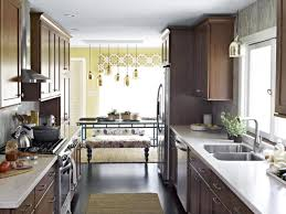 Decorate And Design How To Decorate A Small Kitchen GosiaDesign 27