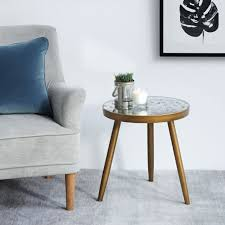 16 small side tables perfect for