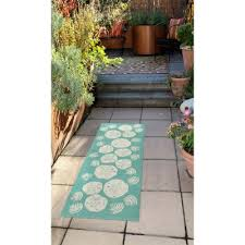 lifestyle indoor outdoor runner rug shell toss from sportys preferred living