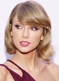see alessandra ambrosio s beachy waves plus more celeb beauty age makeupbridal makeupwedding makeuptaylor swift