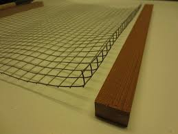 cut the wire mesh