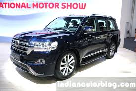 2018 toyota 200 series. interesting series 2016 toyota land cruiser facelift front quarter at 2015 dubai motor show intended 2018 toyota 200 series o