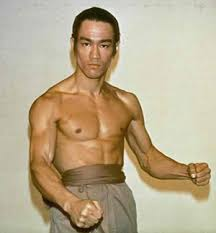 why did bruce lee change his weight routine so drastically