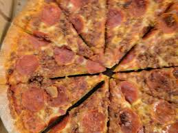 toppers pizza closed 18 reviews pizza 712 washington ave se university minneapolis mn restaurant reviews phone number yelp