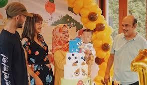 Kirana larasati (born 29 august 1987) is an indonesian actress born and raised in jakarta, indonesia. Kirana Larasati Tetap Happy Ketemu Mantan Suami Cumicumi Com Line Today