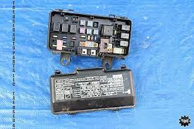 04 05 honda s2000 ap2 v1 oem ipdm engine bay junction fuse box f22 for we have a 04 05 honda s2000 ap2 v1 oem ipdm engine bay junction fuse box f22 2 2l 3068 item is in good condition and full working order
