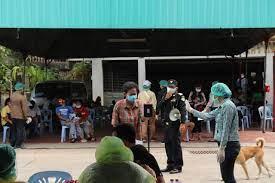 ติดคนรวย ซวยคนจน: ดูความพยายาม-ข้อกังวลชาวชุมชนใน กทม. เมื่อโควิด-19  ระบาดใหญ่ | ประชาไท Prachatai.com