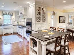 Cottage Style Kitchen Table Small Cottage Kitchens Traditional Style Design Beige Wall Color