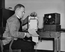Метод контрольных вопросов control question test cleve backster  l criminology 542 1946 1947 свидетельствующие о том что основные принципы Метода контрольных вопросов изложены ещё в 1946 году американским