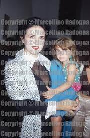 Marcellino Radogna - Fotonotizie per la stampa: Fiamma Izzo con la figlia