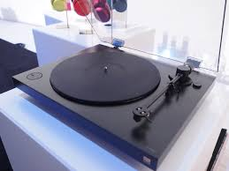 sony turntable. sony\u0027s sleek new turntable makes me want to rob a record store sony