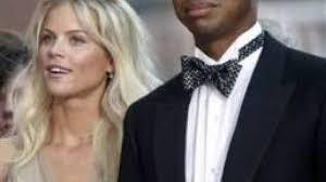 Tiger Woods e i segni sul viso: l' incidente?No, la moglie furiosa