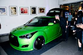 2013 Hyundai Veloster With Some Badass Paint Matching Color Brake